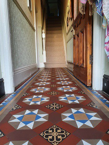 Hard Floor Cleaning and Tile Restoration