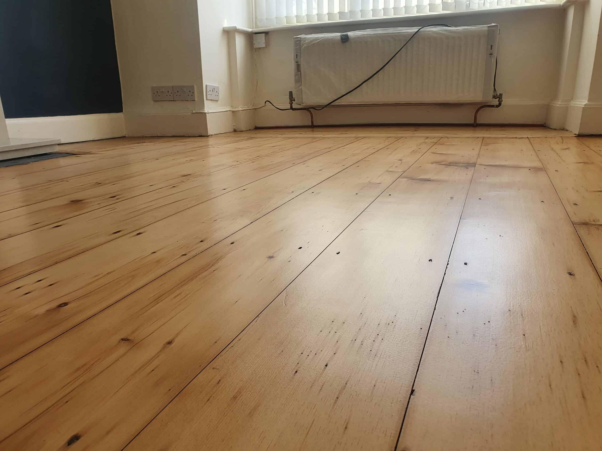 pine wooden floor sanding and restoration